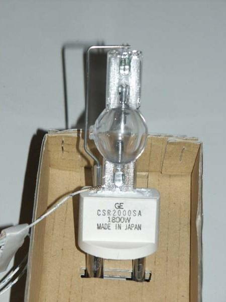 Ein Temperatursensor inst in die Fassung mit eingelassen.
