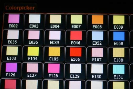 Ausschnitt einer Farbfolienpalette zur Ansteuerung von LED-Strahlern
