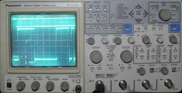 Oszilloskop mit DMX-Protokoll im Display