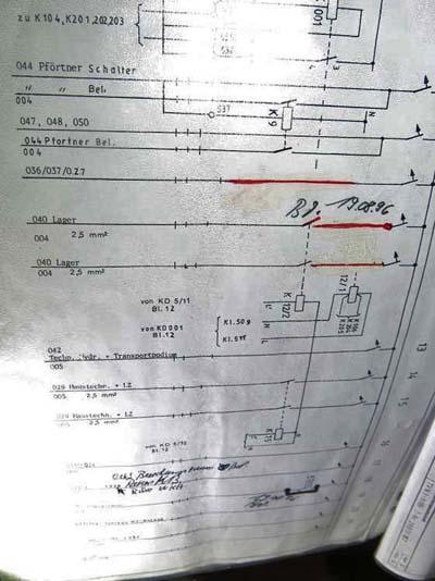 Elektroschaltplan mit Korrekturen