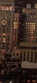 Mural in Nachtansicht